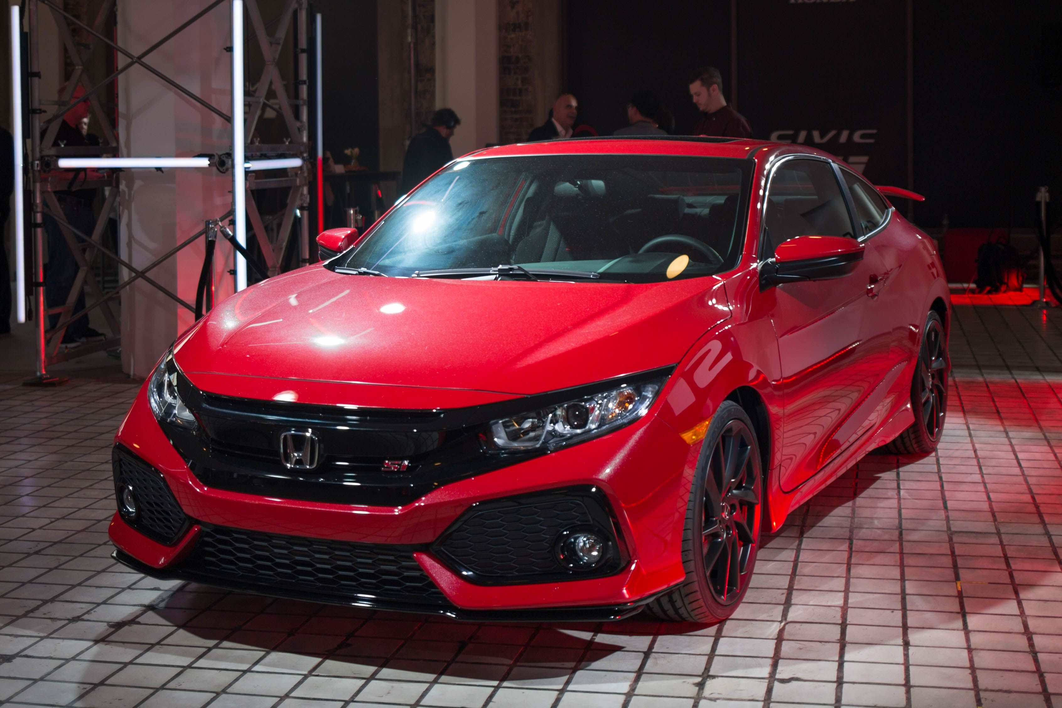 The New Honda Civic Si Looks Like An Origami Bringer Of Fun And Happiness Honda Civic Si Honda Civic Honda Civic Vtec