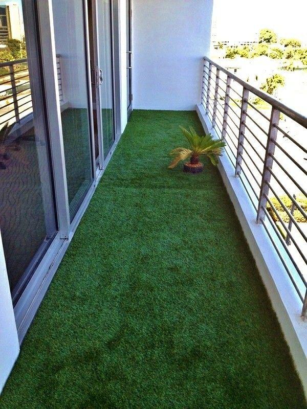 Artificial Grass For A Balcony Terrace Or Garden Great Examples 1 Decor Small Balcony Design Small Balcony Decor Diy Backyard Patio