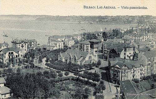 Panorámica de los alrededores de la Iglesia de Las Mercedes, Las Arenas, hacia 1930 (ref. SN01761)