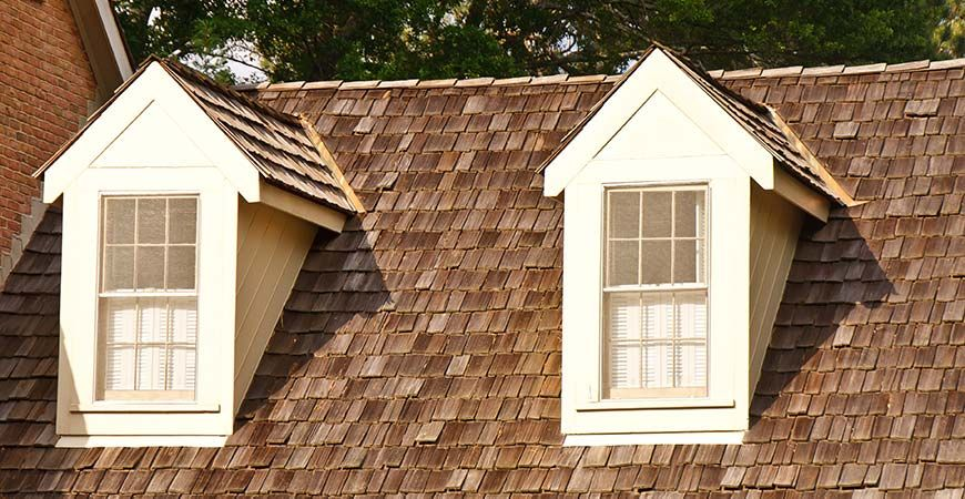 Roof Cleaning 101 The Complete Guide Wet Forget Blog In 2020 Cedar Shake Roof Shake Roof Cedar Shingle Roof