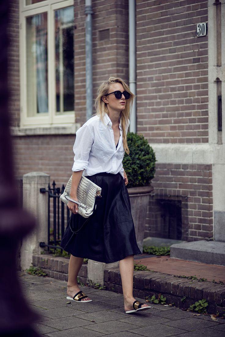 29354a7102016 black-leather-midi-skirt -white-oxford-metallic-slides-sandals-via-raspberry-rouge.com