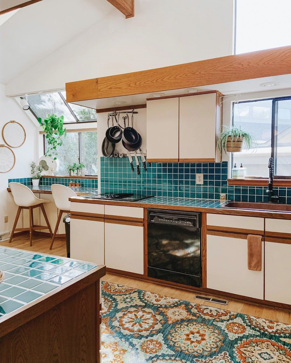 Simple Rules For Choosing The Perfect Rug Size For Your Interior Kitchen Concepts Kitchen Rules Kitchen Backsplash Trends