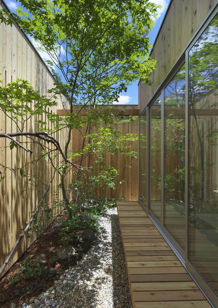 House In Nishimikuni 木に囲まれた都心の平屋 大阪 設計事務所