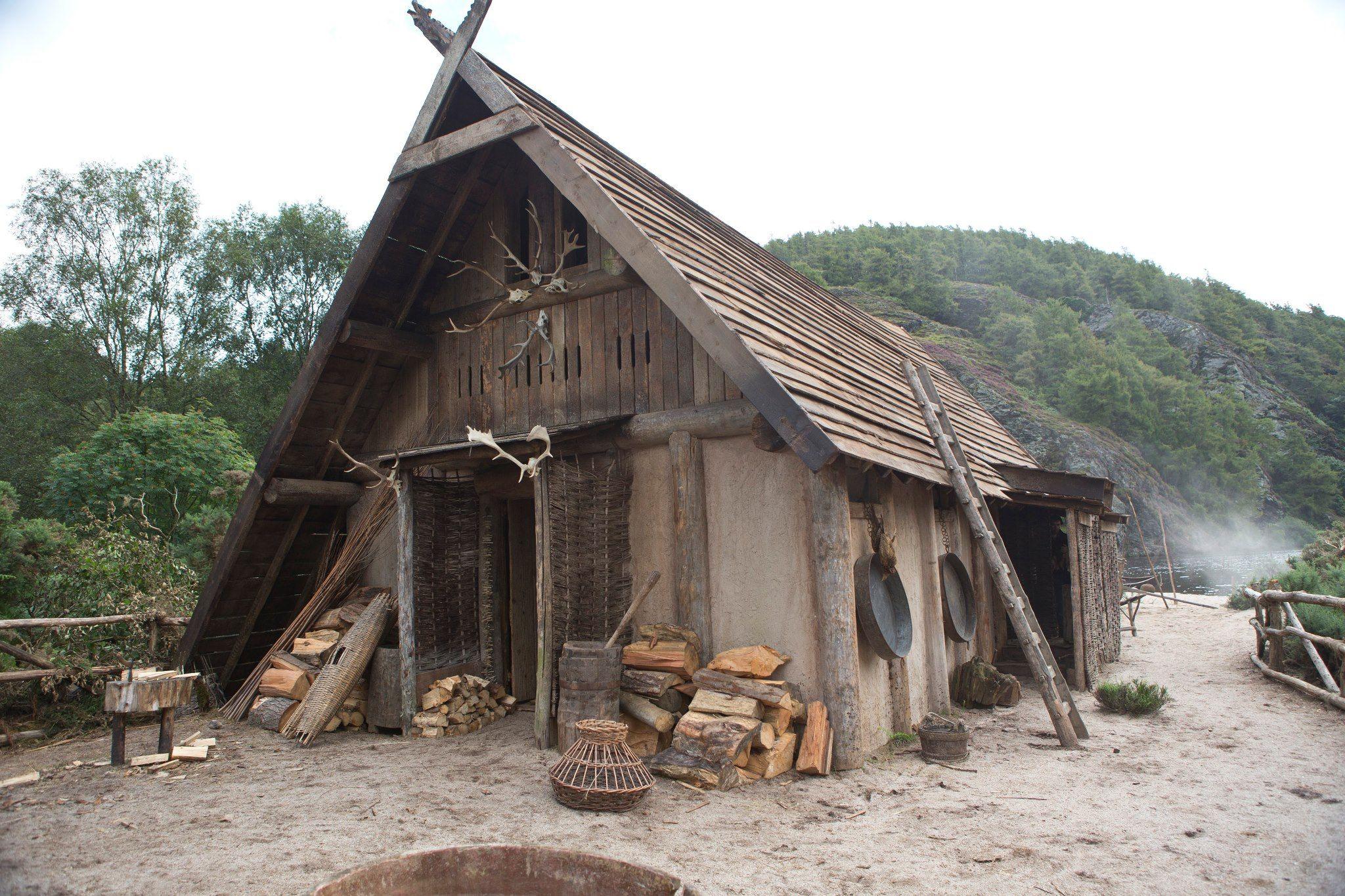 Pin By Cynthia C On Asatru Norse Viking House Viking Village Vikings