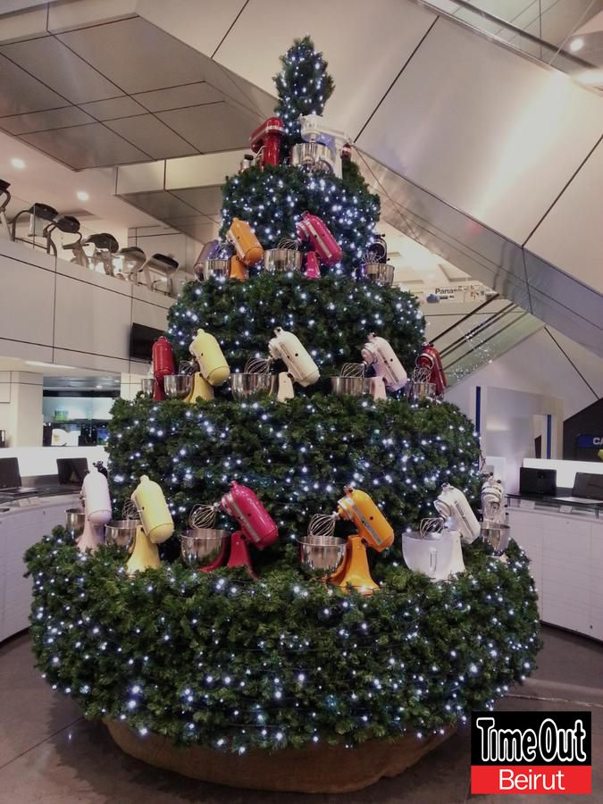 Christmas Tree Mixers Colors Lights Tobxmas13 At Aghasarkissian Lebanon Dora Holiday Decor Christmas Four Seasons Hotel