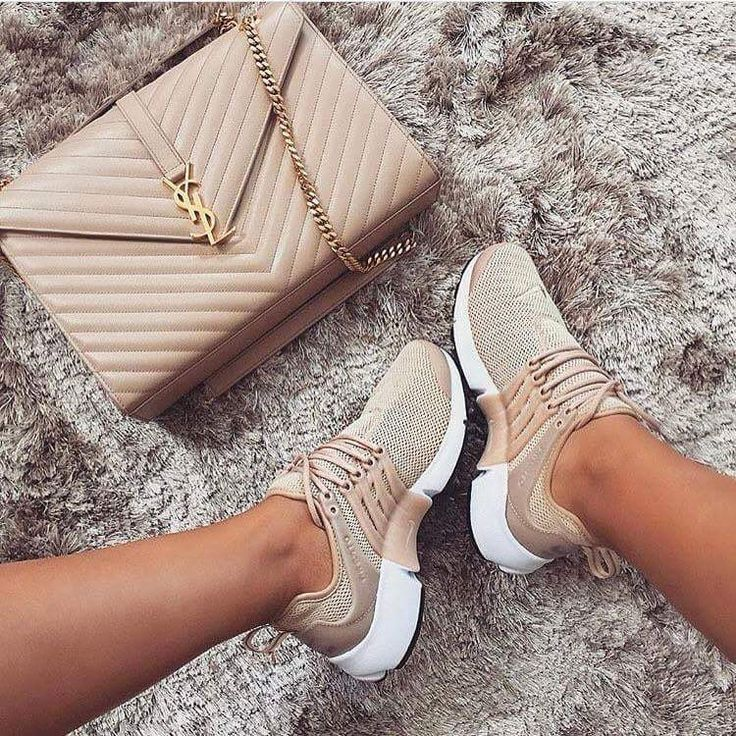 competitive price 53b2c 2d44e nike air presto fly oatmeal