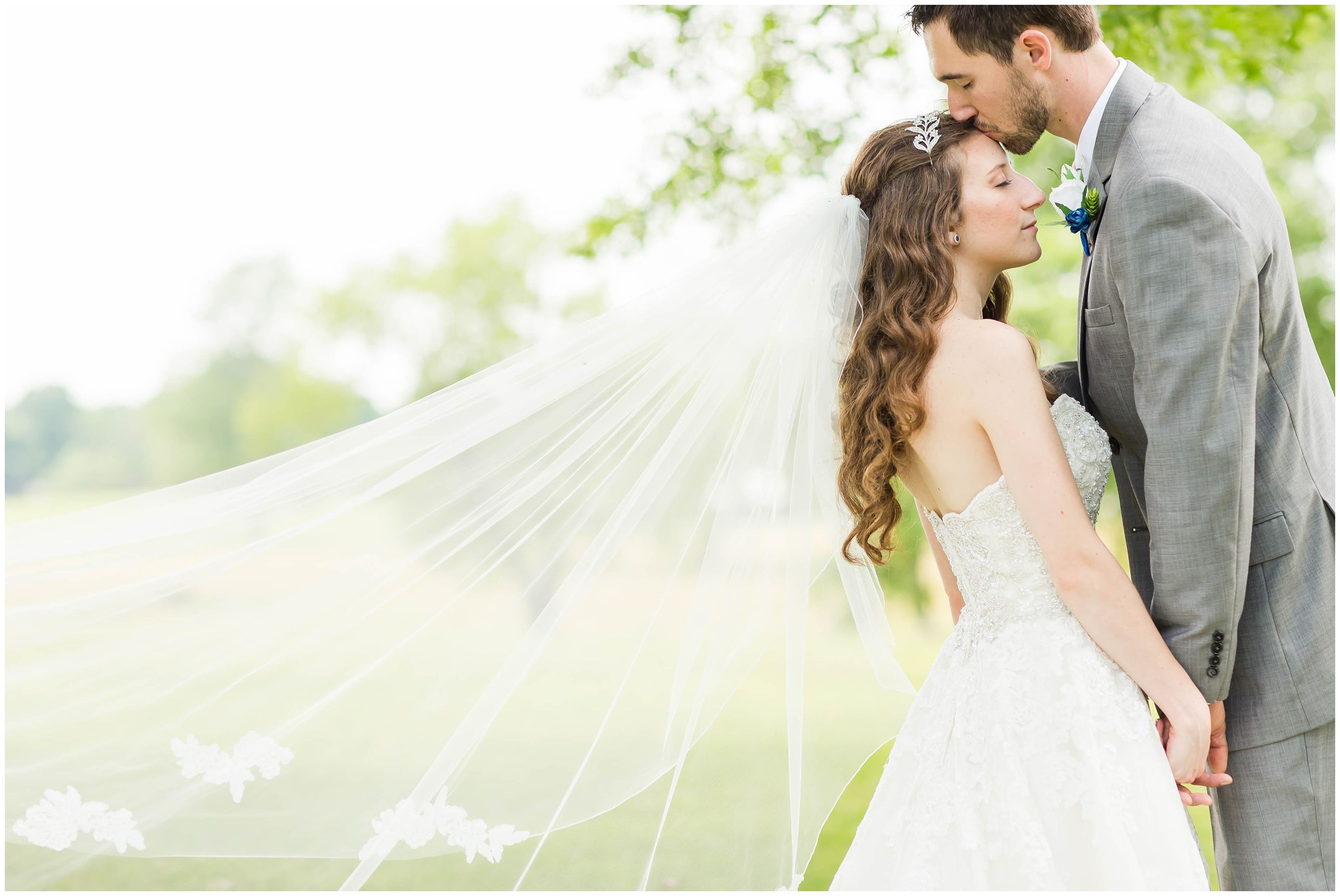 A beautiful simple rustic wedding at Brookside