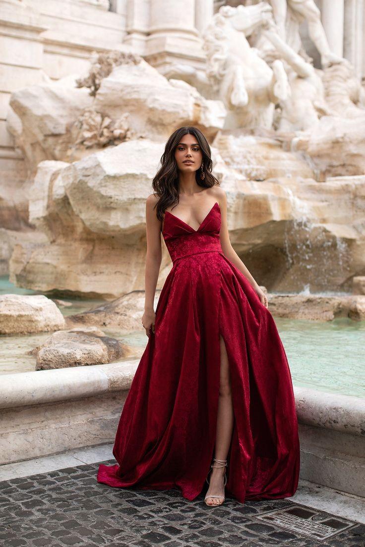 Sabrina On Twitter In 2021 Cute Prom Dresses Red Wedding Dresses Fancy Dresses [ 1104 x 736 Pixel ]