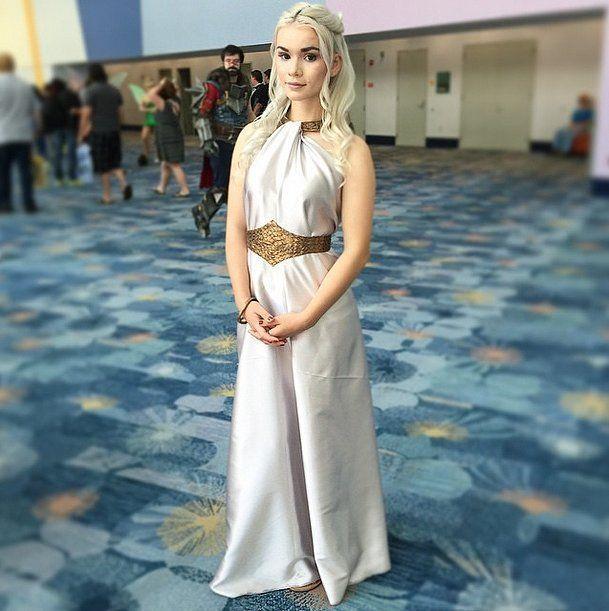Adult Ladies Mother of Dragons Blonde Wig Fantasy Thrones Fancy Dress Cosplay