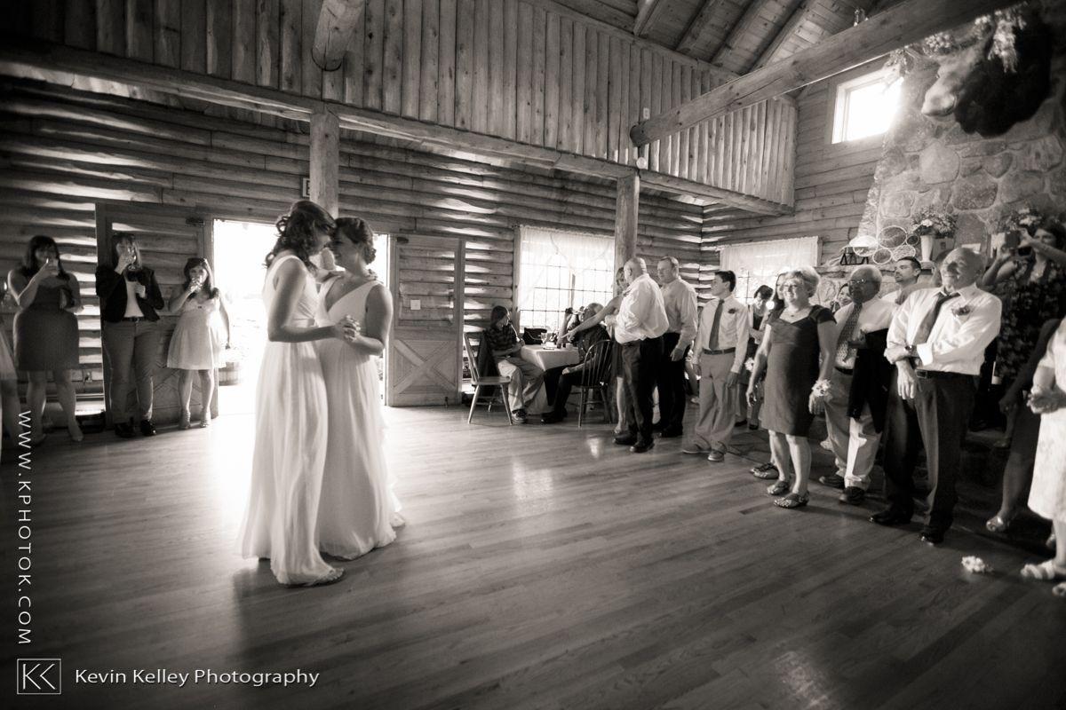 Wickham Park Wedding Connecticut Wedding Connecticut Wedding Photographers Park Weddings