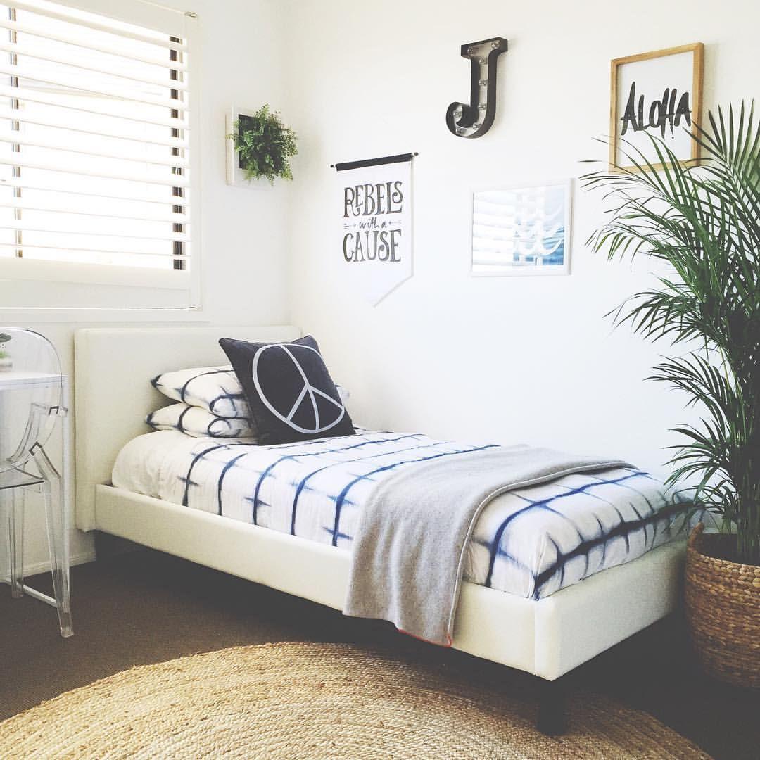 "S I M O N E on Instagram: ""2 of the boys bedrooms down.....1 to go. Jasper's room got a little refresh today ♡✌ #honeyandfizzhome #kidsbedrooms #interiors #styling #boysroom #fresh #homeinspo #kidsroom #tapphotofordetails"""