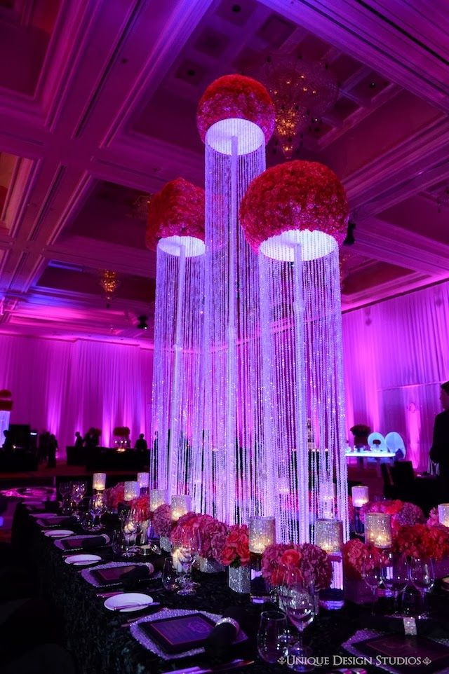 If You Are Seeking For A Tall Bling Wedding Centerpiece Idea And Inspiration One Of These Wonderful Centerpieces Can Be Good
