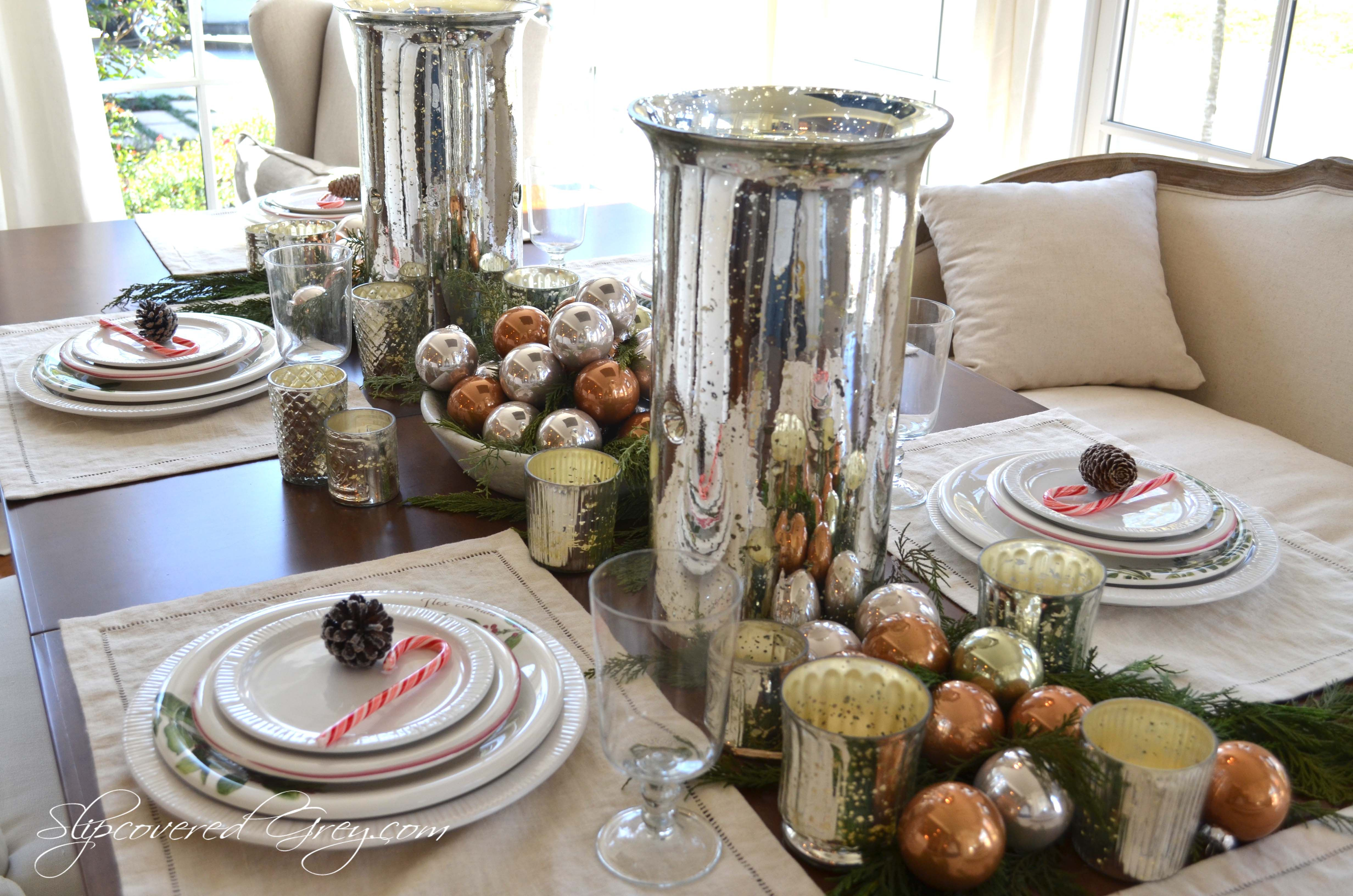 Setting a christmas table ideas - 17 Best Images About Christmas Table Decorations Ideas On Pinterest Centerpieces Gold Christmas And Christmas Wedding Centerpieces