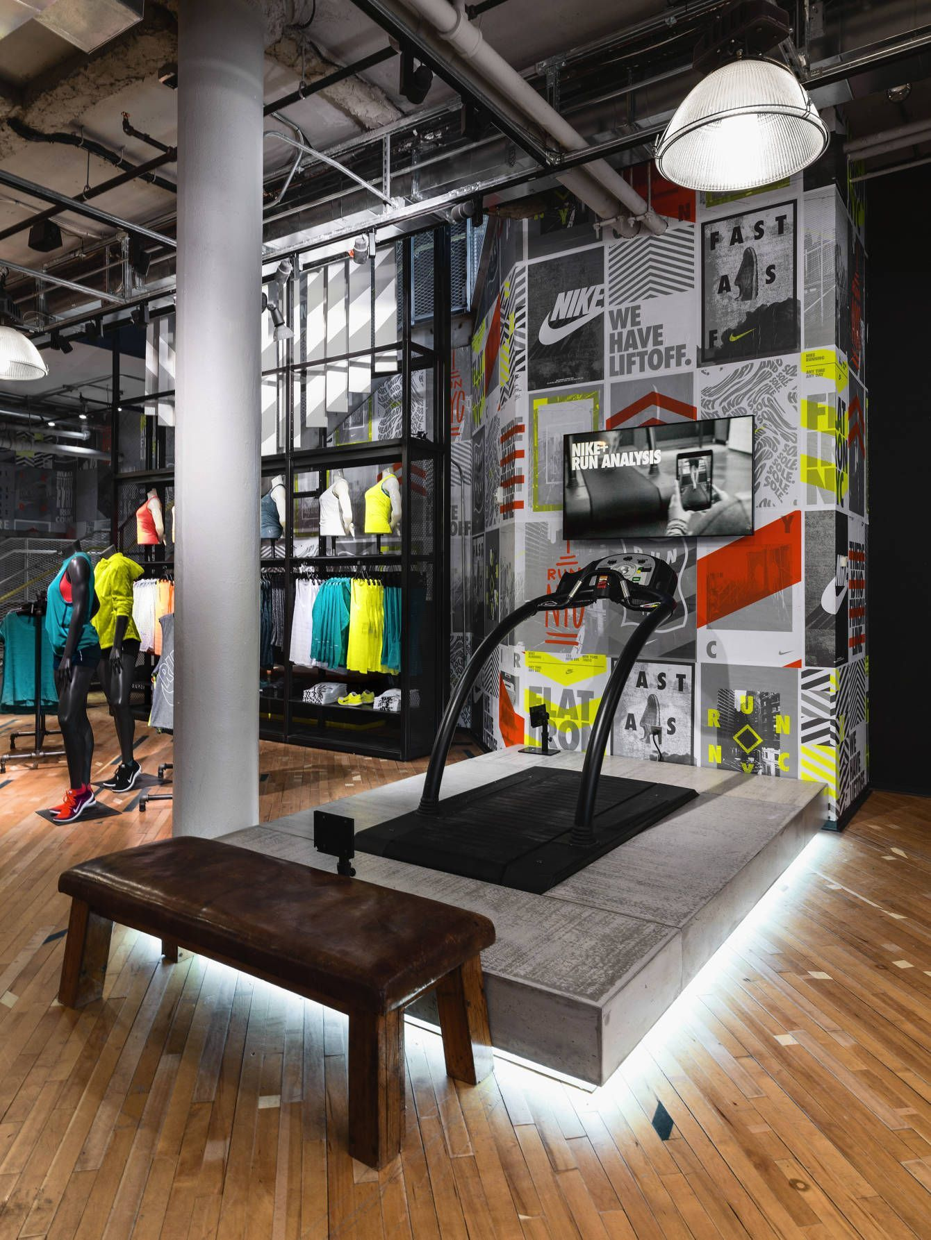 the latest a8a9f 74f8e Art Direction + Environment Design - Flatiron Nike Running Store update  Creative Director  Julie Igarashi Designers  Derrick Lee + Esther Chang