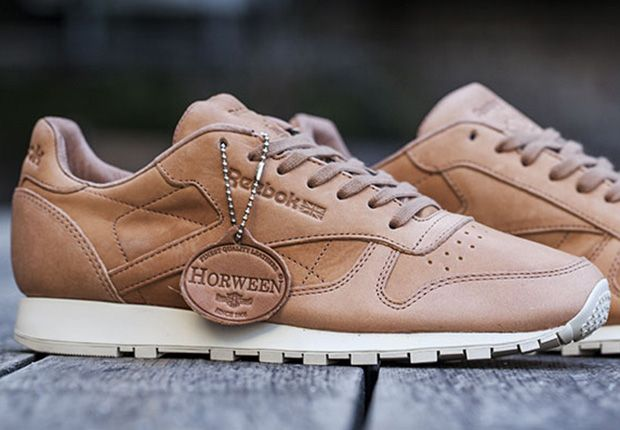 "official photos 4a496 65857 Horween x Reebok Classic Leather Lux ""Natural"""