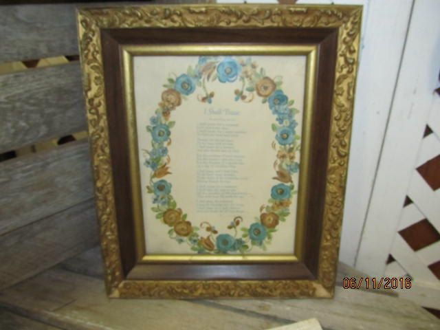 Vintage Solid Wood Reliance Ornate Picture Frame Gold Painted Scroll