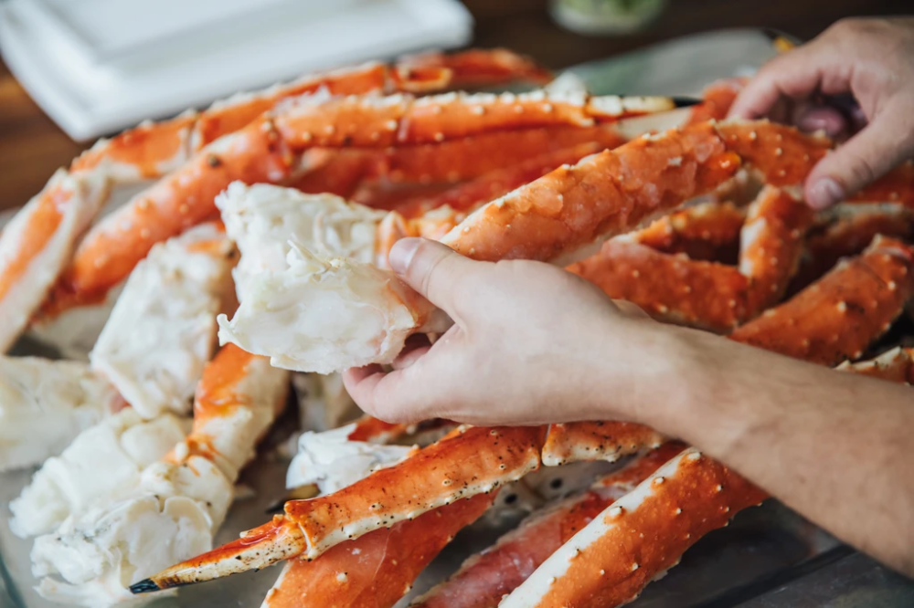 Colossal Red King Crab Legs King Crab Legs Recipe Crab Legs Recipe Alaskan King Crab