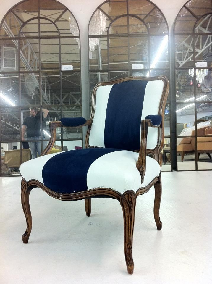Classic French Bergere Chair   Sillones y Sillas ...
