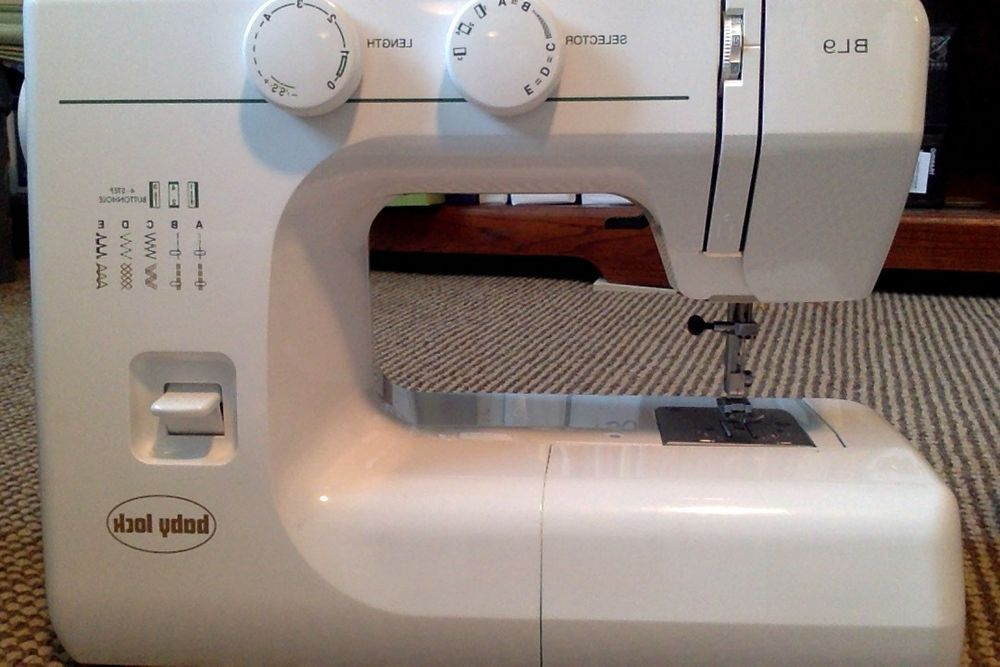Baby Lock Model BL40 Sewing Machine In Crafts Sewing Fabric Fascinating Babylock Bl9 Sewing Machine