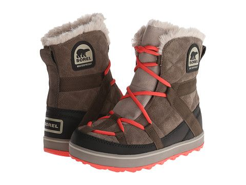 Sorel Glacy Explorer Shortie Winter Boots Outfits Outfit Shoes Tennis Shoes Outfit