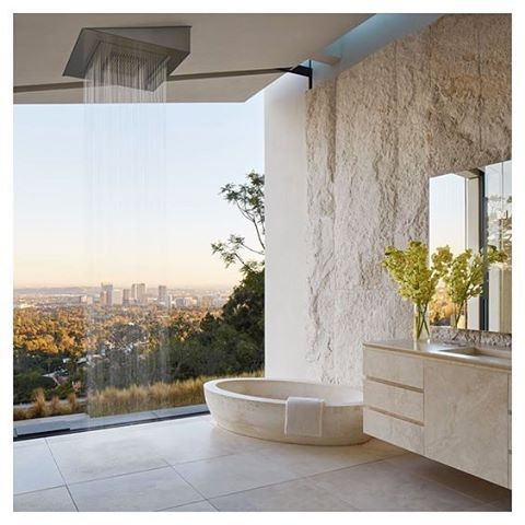 Breathtaking freestanding shower & bath with a view. Heaven
