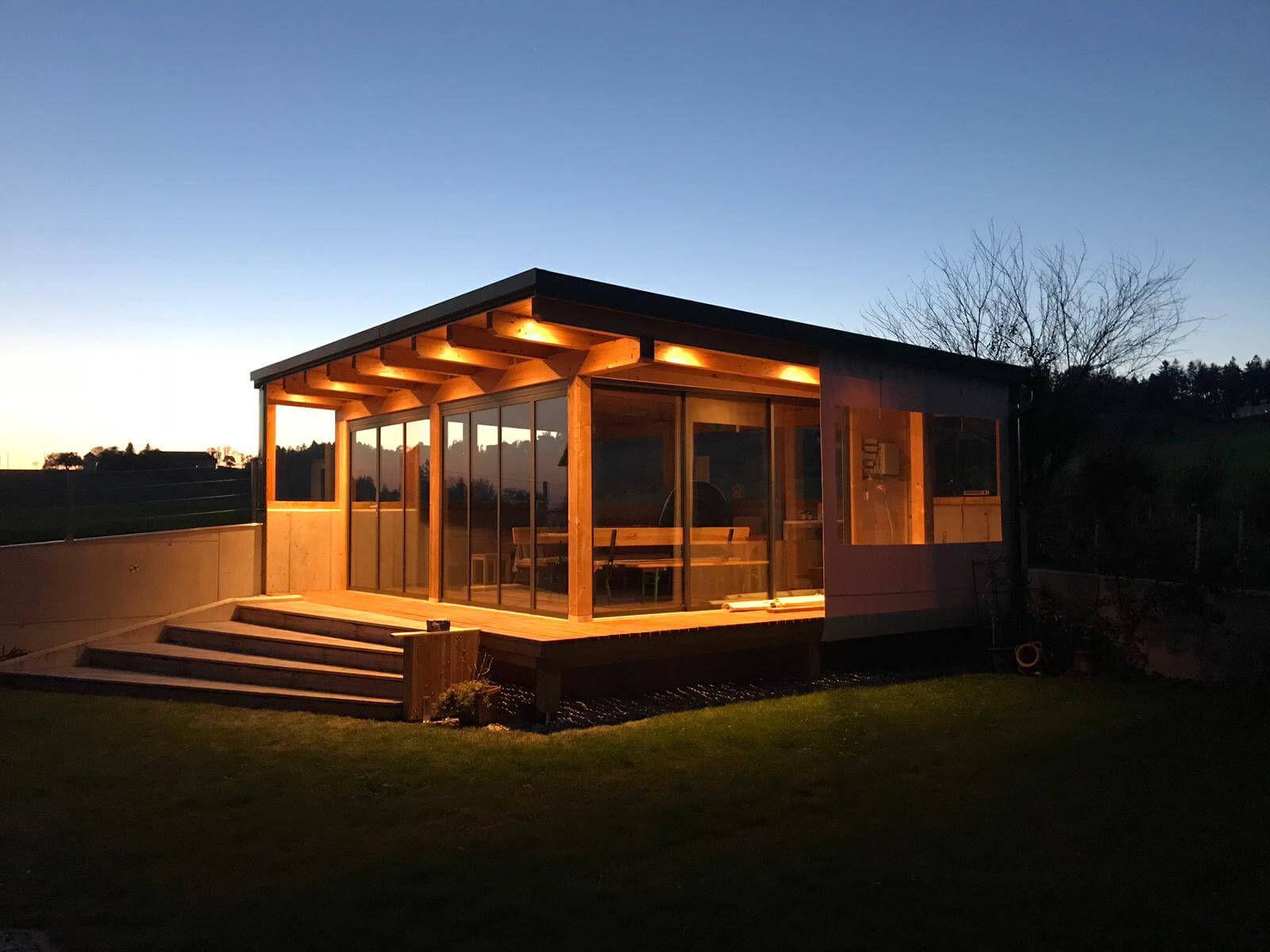 Gartenhaus mit Schiebetür und Pultdach Wooden door
