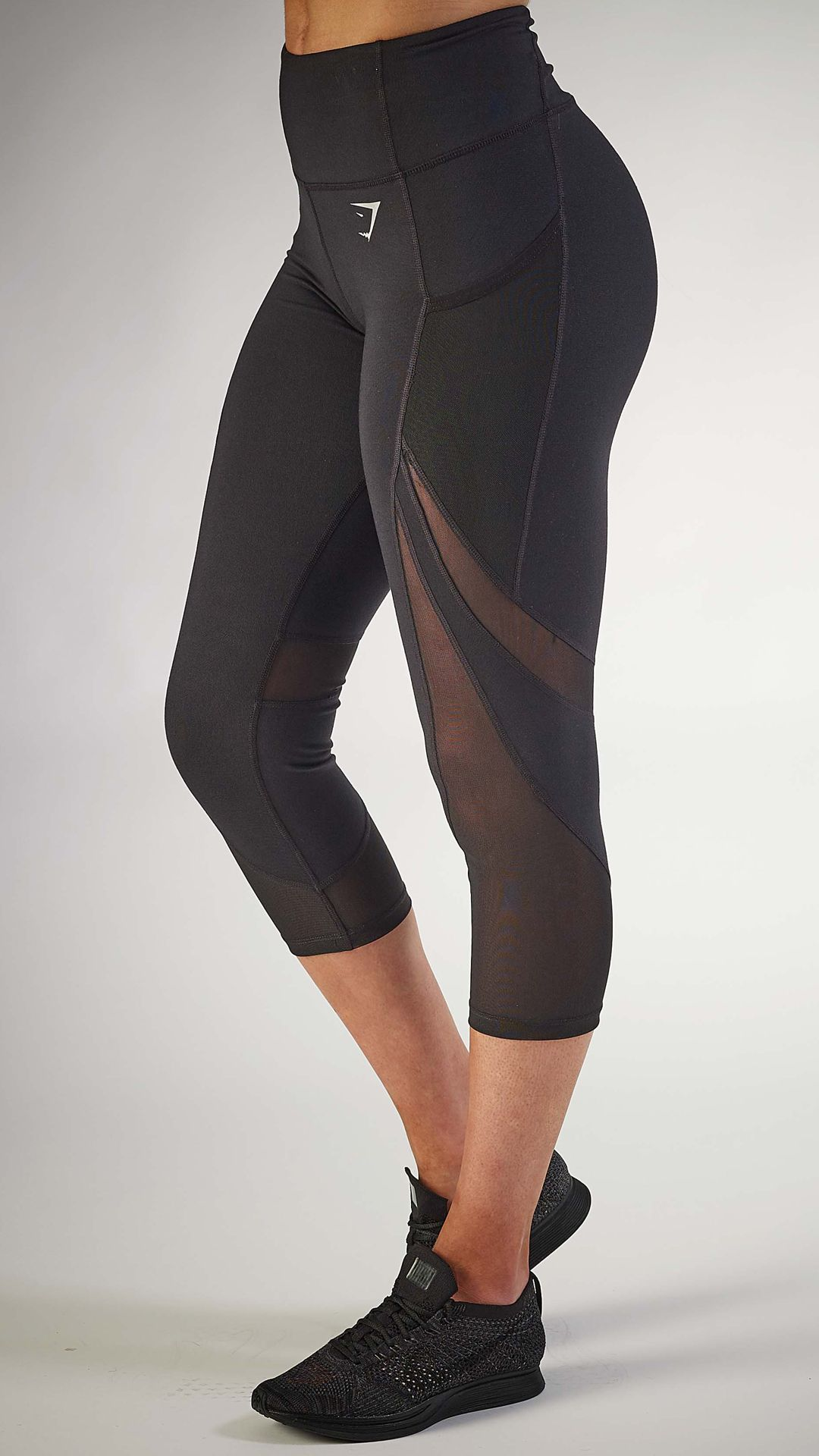 ad25c908ff3b5 The Sleek Sculpture Cropped leggings are back and better than ever before.  Ready to give you the coolest, most comfortable workout.