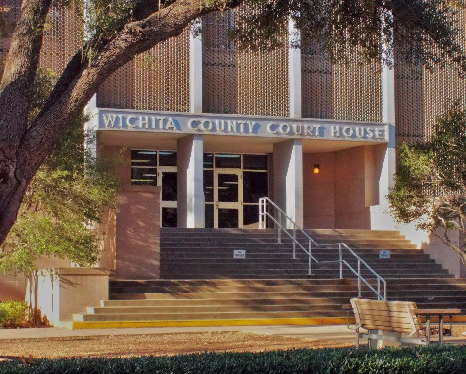 Specialties: Free bail,  10% bonds, City Courts, County Courts, Domestic ViolenceCity Courts, County Courts,Domestic Violence,Misdemeanors, Felonies, Cash, Credit, Money Orders