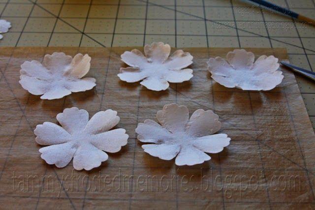 Tammys frosted memories wafer paper flower tutorial learn it tammys frosted memories wafer paper flower tutorial mightylinksfo