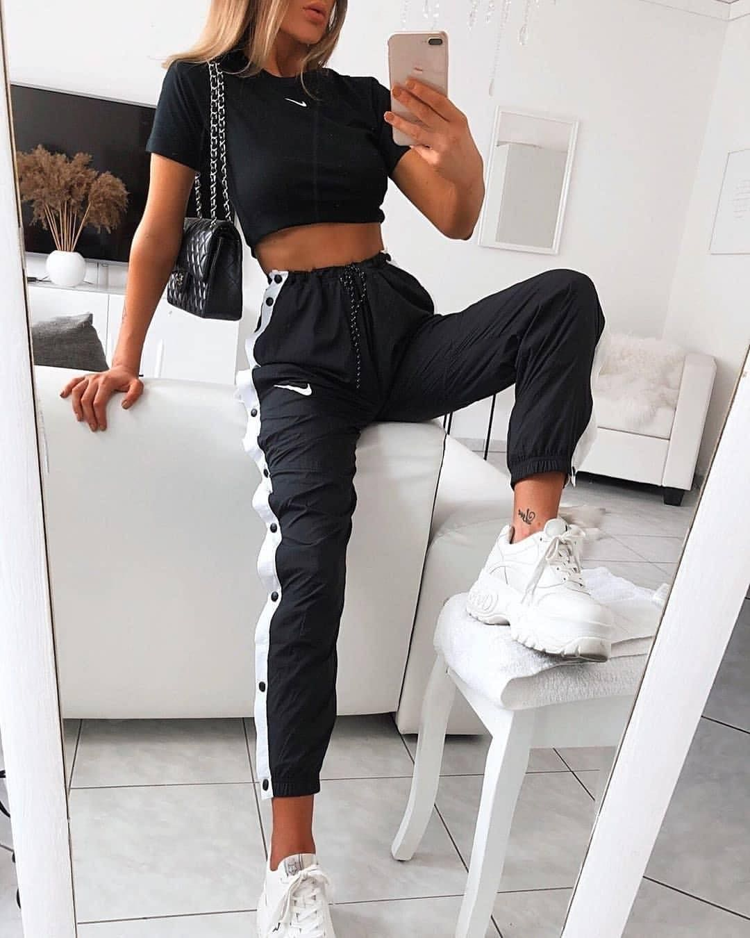 """GIRLS CHOICE on Instagram: """"I just love her outfit��� . . . �� @_girls_choice__ . . . . #novababe #mirrorselfie #casualchic #zaradaily #100flavoursuk #dresses__up…"""""""