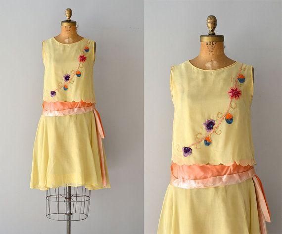 Robe de joie de Vivre / vintage des années 1920 robe par DearGolden, $248.00