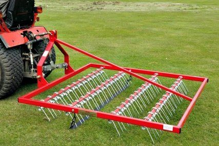 Scarifying rakes are the ideal solution for dethatching