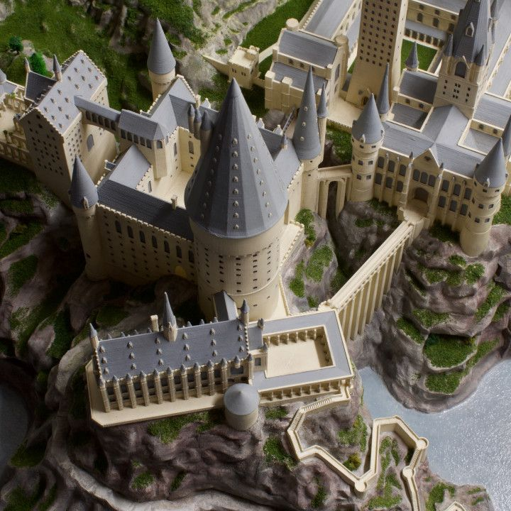 3D Printable Hogwarts Castle by Joshua Neil Arthur