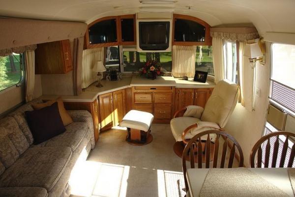 Airstream Trailer Floor Plan Pictures [Slideshow]