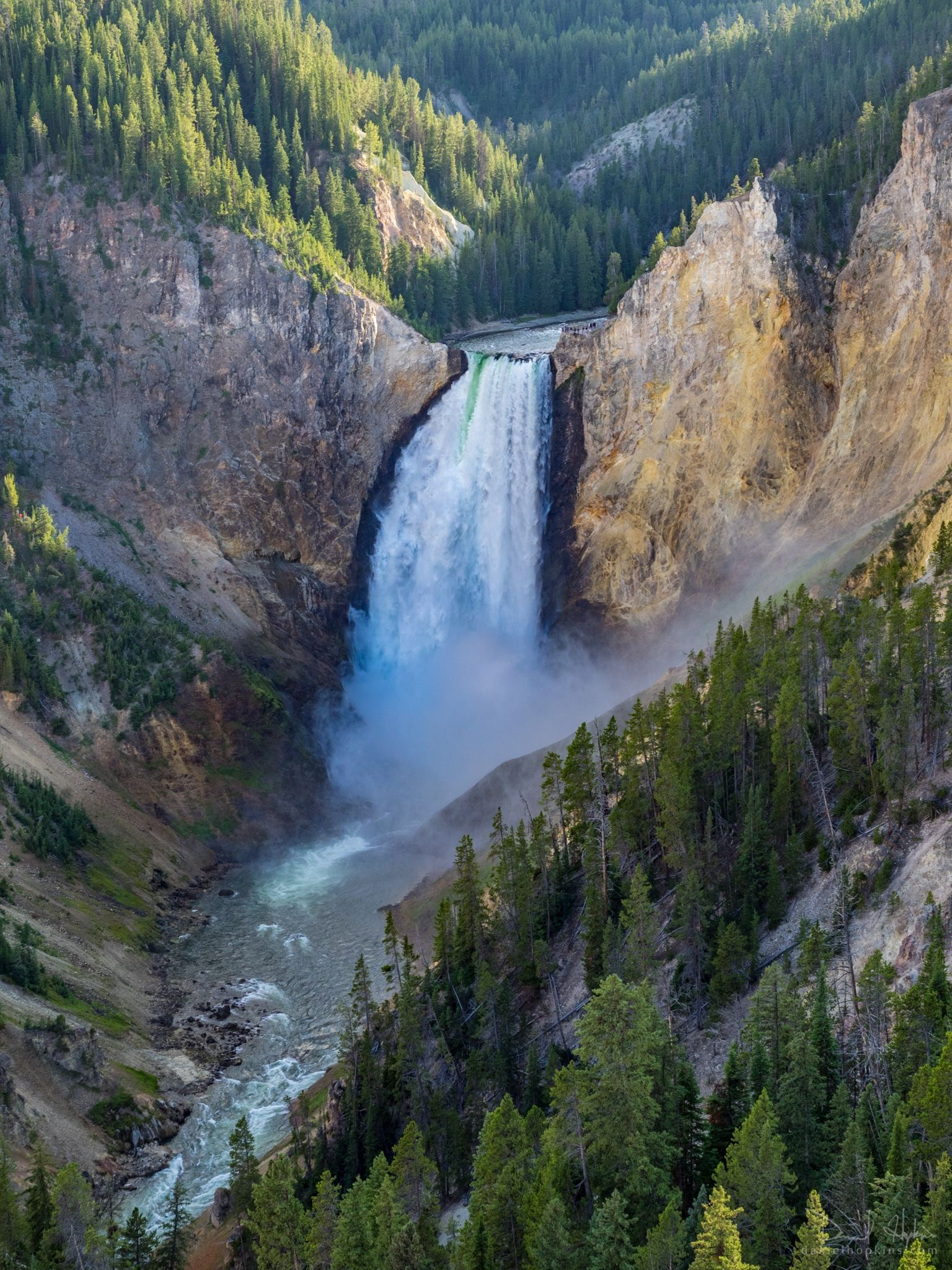 Yellowstone Majesty view incr dhopkins Nature