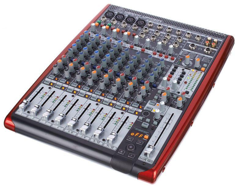 table de mixage 12 entrees