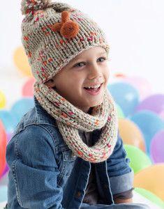 4f35827b155 modèle facile et original de bonnet à pompon et snood enfant à tricoter