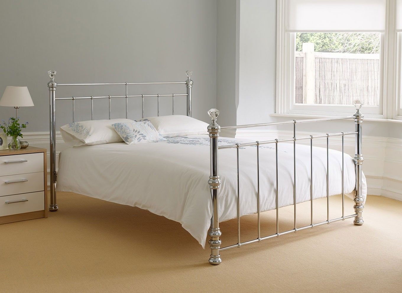 Crystal silver metal king size bed £400 Bed frame