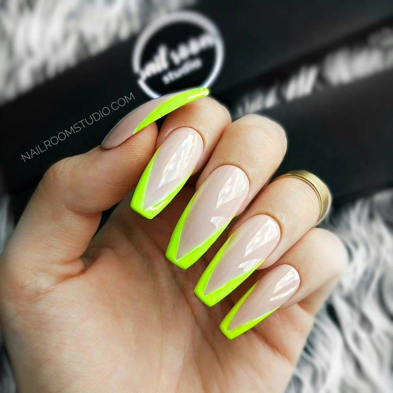 YELLOW FLUO FRENCH 10 nude press on nails  green fluo  wicca | Etsy