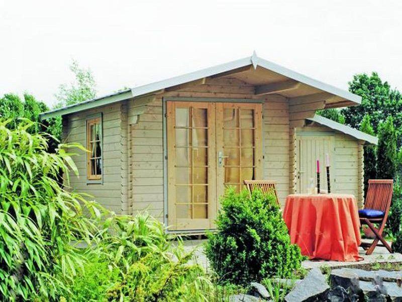 Gartenhaus mit Anbauschrank klassisch, aber ein schöner
