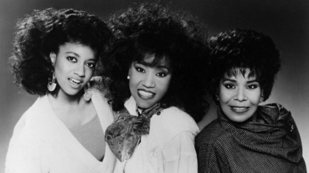 70's R&B singing group, The Emotions, reunite for a history making
