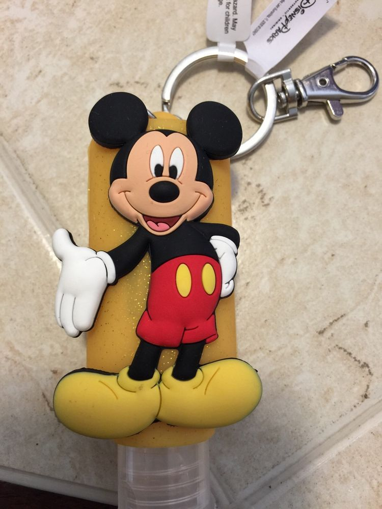 Disney Parks Exclusive Mickey Mouse Key Chain W 1 Oz Hand