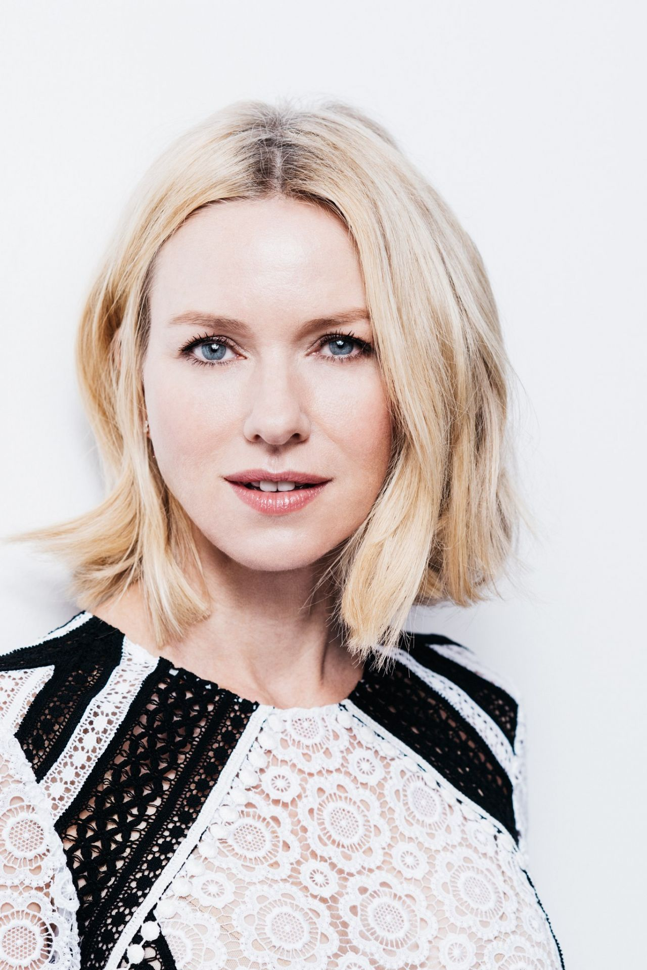 Naomi Watts Photoshoot...