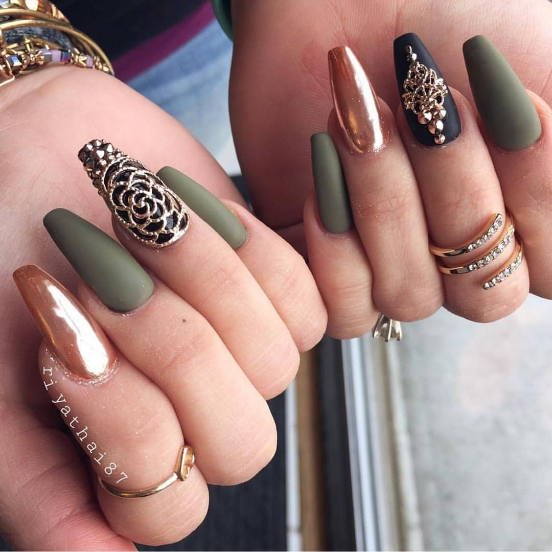 Gorgeous nails by @riyathai87 Shop for featured nail charms, Swarovski  crystals and rose gold - Gorgeous Nails By @riyathai87 Shop For Featured Nail Charms
