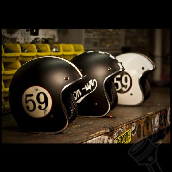 Helmets Cascos Pinterest Vintage Cafe Racer Helmets And - Motorcycle helmet designs custom stickers