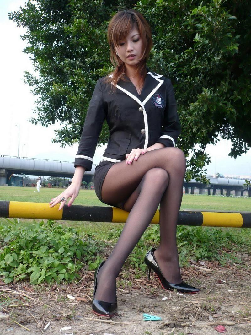 Asiatische Frauen in Nylons