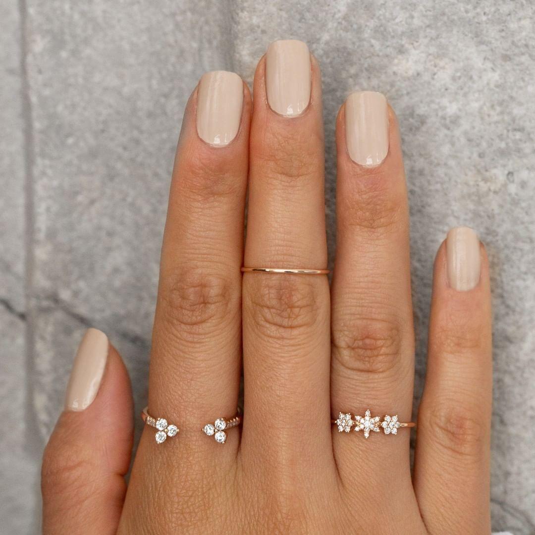 Mehrere Ringe An Einer Hand