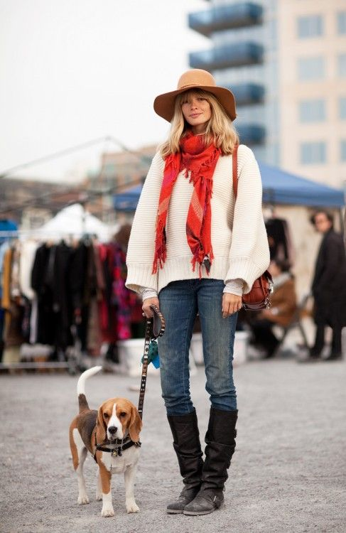 Oh, la, la. Don't know which one to choose:  Fab hat, perfectly sagging jumper, scarf, jeans or boots?