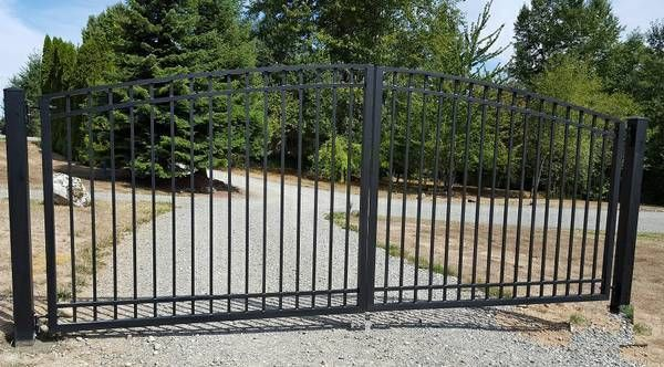 Aluminum Double Swing Driveway Gate 17 Wide With Images