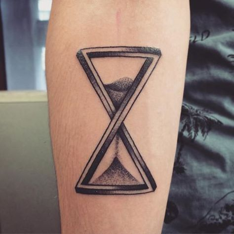 Sablier Tattoo Signification Recherche Google Tatouage T